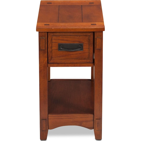 Accent and Occasional Furniture - Logan Chairside Table - Oak